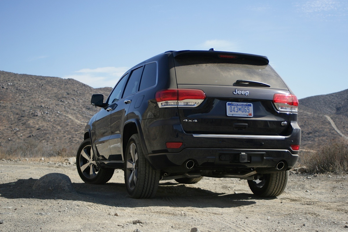 video 2014 jeep grand cherokee test off road in rugged. Black Bedroom Furniture Sets. Home Design Ideas