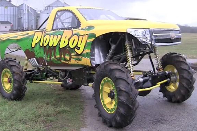 VIDEO: Richie Keith's New Mega Mud Truck - PlowBoy Mud!