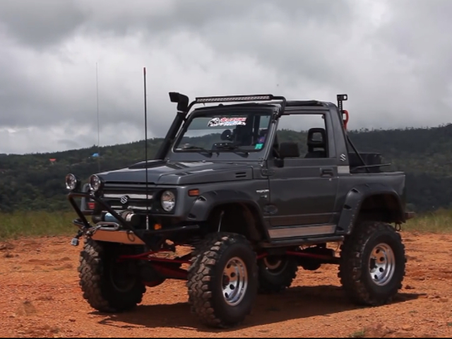 Suzuki Samurai Off Road Xtreme