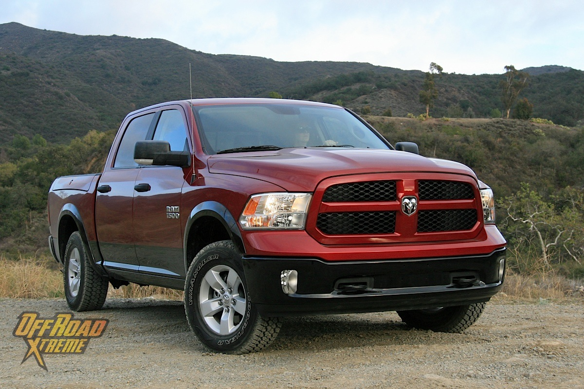 truck review the 2014 ram 1500 brings truck buyers new power off road xtreme. Black Bedroom Furniture Sets. Home Design Ideas