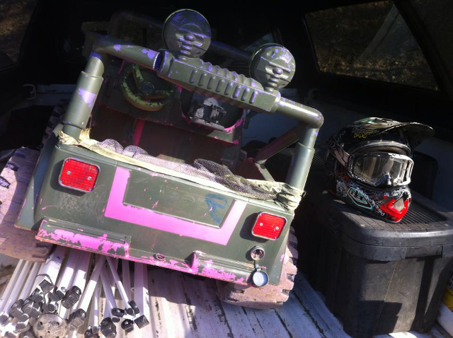 VIDEO: Busted Knuckle Takes Superlift Extreme Barbie Jeep Racing Win