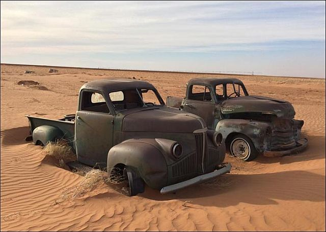 Vintage Pick Up Trucks In The Desert Get Em While They