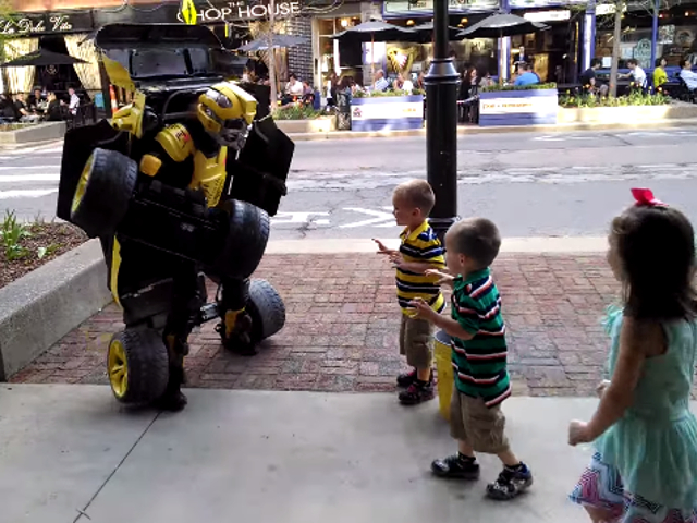 VIDEO: Street Performer Takes Hummer Transformation To New Level