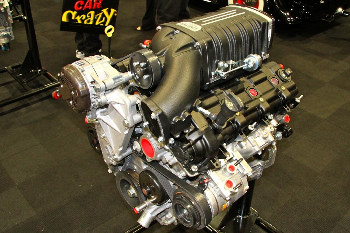4 Cylinder Blower : Sema edelbrock debuts jeep l cylinder head v