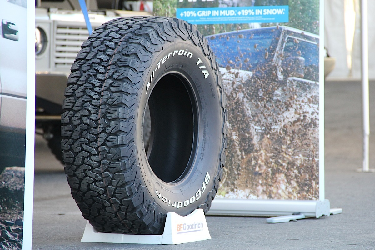 sema 2014 bfgoodrich blazes new trails with ko2 tires. Black Bedroom Furniture Sets. Home Design Ideas