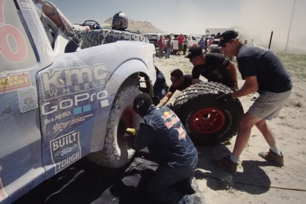 Video: It's The Crews That Keep Those Fords Winning Races