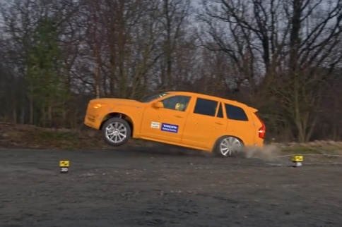Video: Volvo Testing Run-Off Ditch Crash Tests