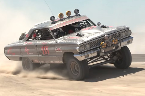 Video: 1964 Ford Galaxie Off-Road Race Car Really Roars