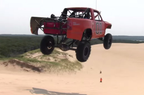 Video: This Pickup Jumps Far Like Its Inspiration, General Lee