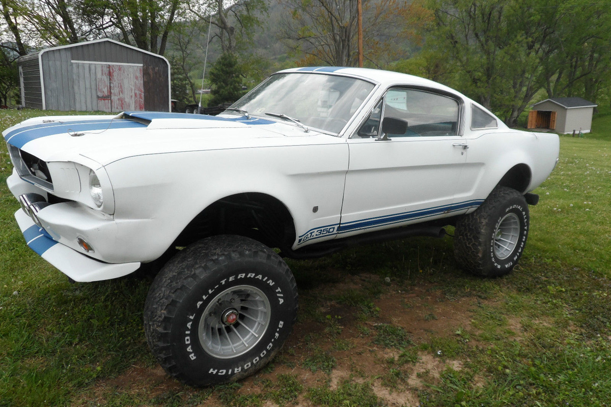 Mustang Road Race Car