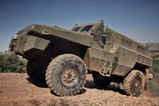 Video: Marauder - Unstoppable 10-Ton Diesel Military 4x4