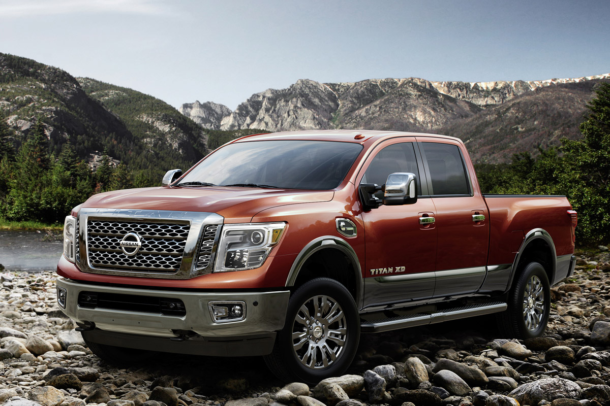 video the diesel goodness of the 2016 nissan titan xd. Black Bedroom Furniture Sets. Home Design Ideas
