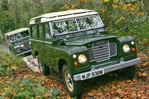 Video: The Land Rover Unveils Its Heritage Driving Experience