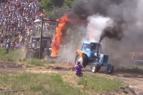 Video: Russian Tractor Racing - Diesel Spectacle!