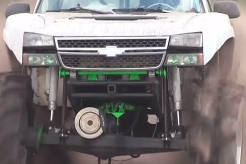 Video: Twin Turbo Duramax Mud Truck Sets The Pace!