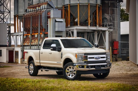 2017 Ford Super Duty Dons An Aluminum Body