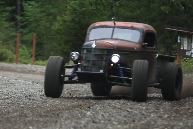 Video: The Trophy Rat Race Truck Blends Rodding And Racing