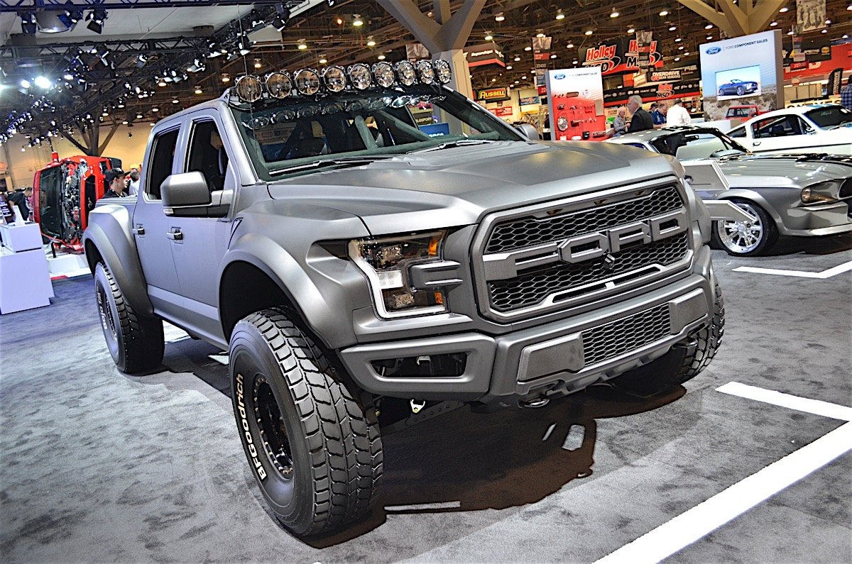 Brad Deberti Builds First 2017 Ford Raptor Prerunner