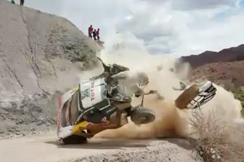 Dakar 2017 Video: Up Close And Personal With A Stage 4 Crash