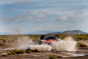 Dakar 2017: Stage 8 Puts Peugeot And Loeb Back On Top