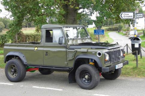 Mini-Feature: Tom Davies' 1986 Land Rover Defender 110
