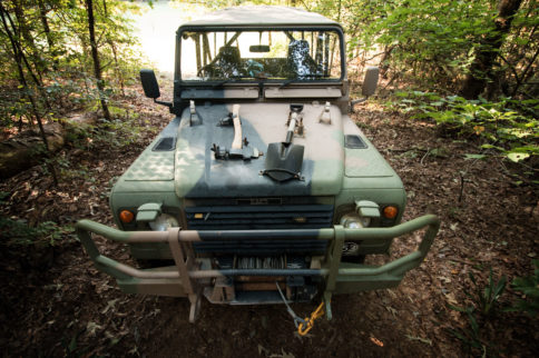 A Land Rover That's Not All About Soccer Practice and Starbucks