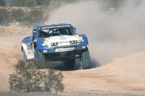 Video: Parker 425 With Sourapas Motorsports