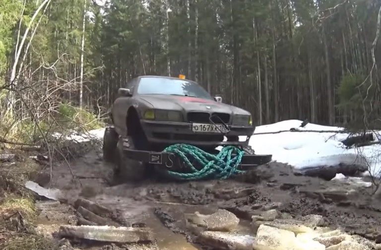 Video: Russians And Their Frankenstein 4x4s