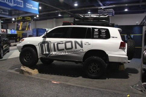 SEMA 2018: ICON Shows Off Complete Customs 2016 Toyota Land Cruiser