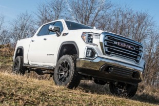 "Zone Offroad Releases 6"" IFS Lift System For 2019+ GM 4WD Trucks"