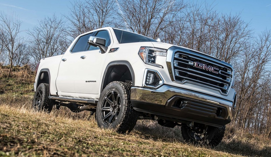 """Zone Offroad Releases 6"""" IFS Lift System For 2019+ GM 4WD Trucks"""