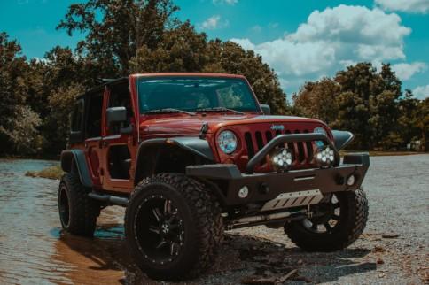 Inside Country Singer Michael Ray's Badass Bestop Jeep Wrangler JK