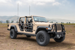 AM General and FCA Develop Jeep Gladiator XMT Tactical Concept