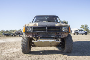 Stock Mobbing In A 1987 Toyota Takes The Cake