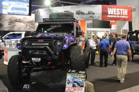 SEMA 2019: Westin Automotive WJ2 Equiped 2020 Gladiator