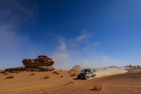 Dakar 2020: Stage 3 Casey Currie Has Slim Lead In The SSV Class