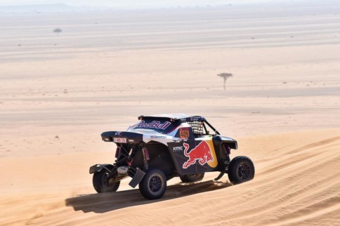 Dakar 2020: Stage 7 Mourning Hits Dakar While Americans Shine In SSV