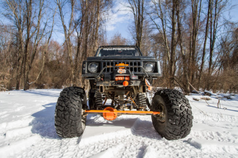 "Crawler Off Road Does It Different In A 1985 Suzuki SJ410 ""Samurai"""