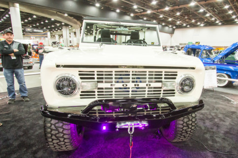 Real Steel: 1977 Ford Bronco Blends Old And New