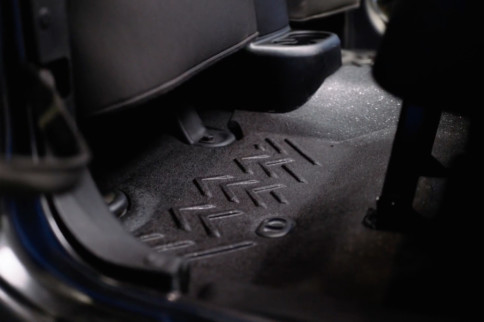 Video: Installing Armorlite Flooring For Jeep Wrangler JKs