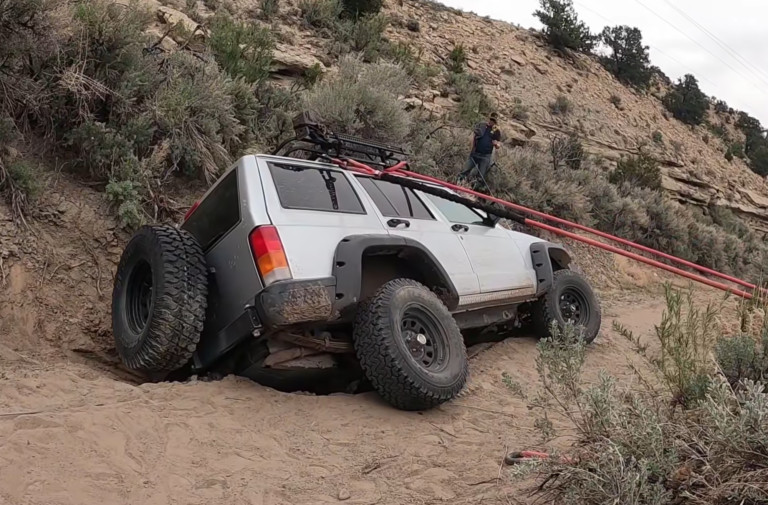 Video: Matt's Off-Road Recovery Rescues Sinkhole-Trapped Cherokee