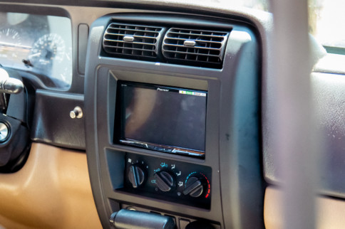 Hands-Free Navigation: Installing A Double DIN Receiver In An XJ