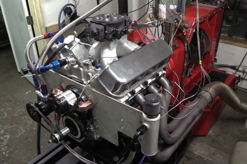 1,000-Plus Horsepower Naturally Aspirated Big-Block For The Mud