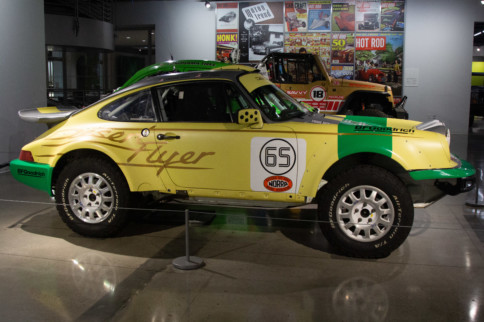 "Mini-Feature: 1989 Porsche 911 Type 964 ""Desert Flyer"""