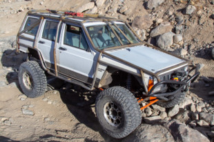 Peaked: Troy Hawley's 1990 Jeep Cherokee