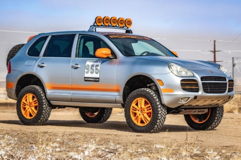 This Porsche Cayenne Transsyberia Clone Can Be Your Next Ride