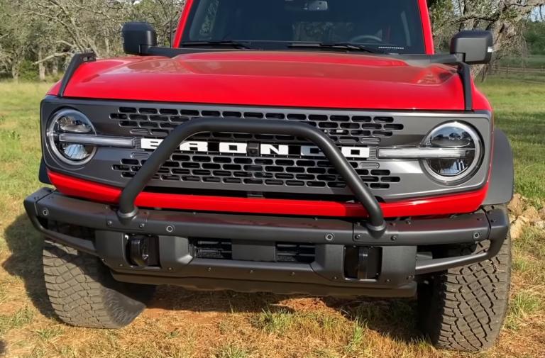 Comparison: Ford Bronco Badlands Sasquatch & Jeep Wrangler Rubicon
