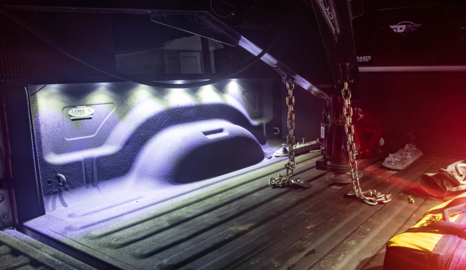 Night Time Towing: The Perfect Bed Lighting For Trucks That Tow